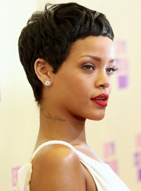 Corte De Cabello De Rihanna