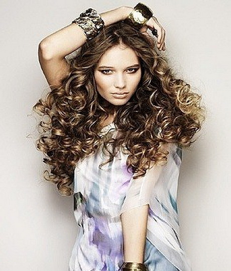 Cortes de pelo y peinados para pelo rizado - loreal-paris.es
