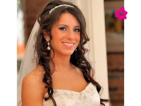 Peinados de novia con velo for Semirecogido rizado