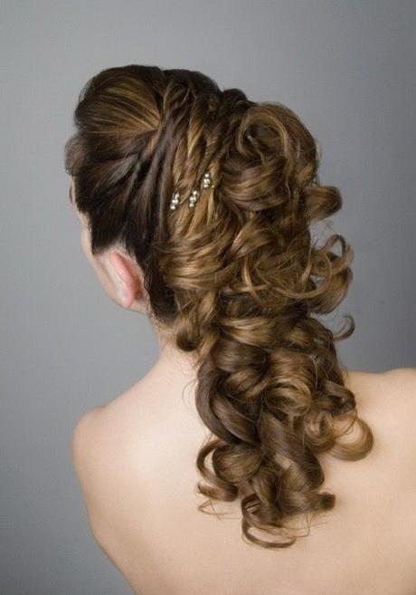 Peinados elegantes de noche cabello largo for Imagenes semirecogidos