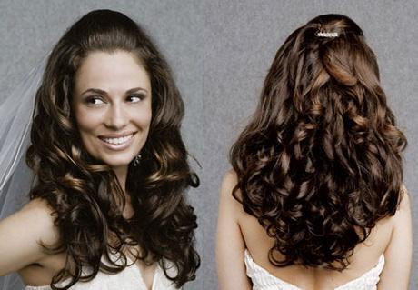 Peinados para cabello rizado largo