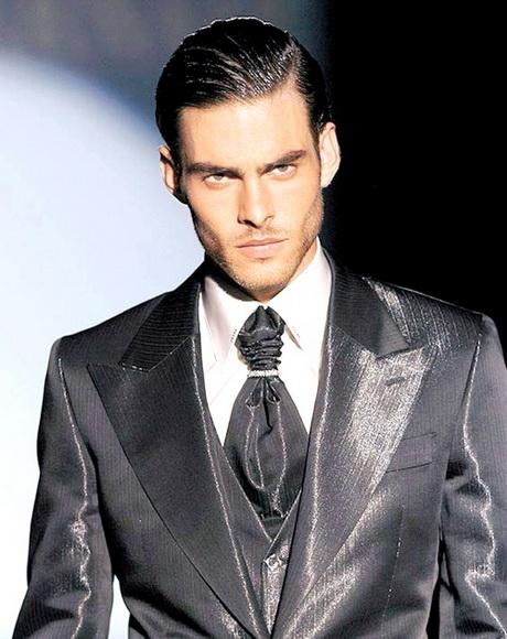 Peinados formales para hombre for Peinado hacia atras hombre