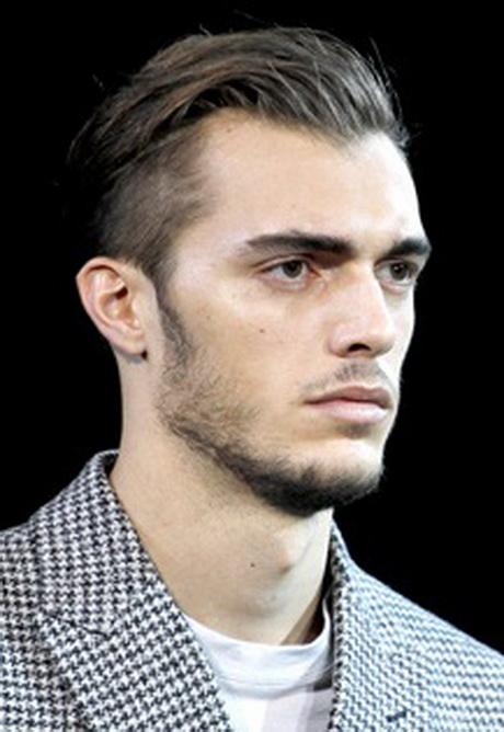 Cortes de pelo y peinados con ondas para hombres 2013 for Peinado hacia atras hombre