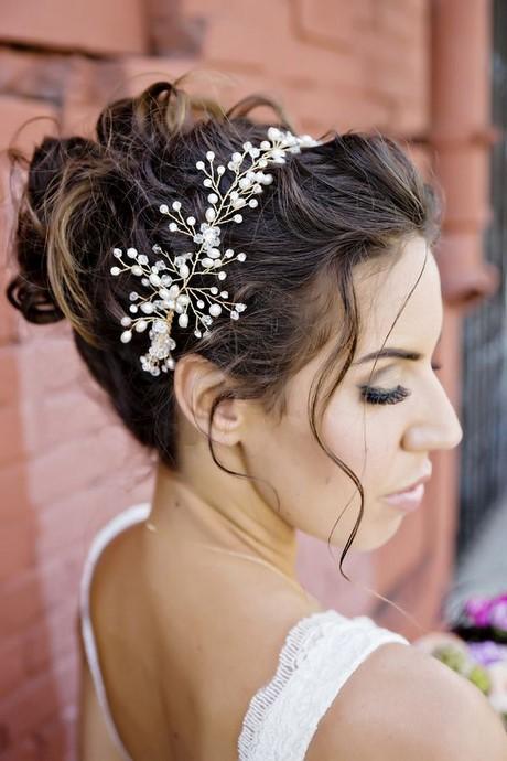 Peinados con tocado para xv a os - Peinados de novia con flequillo ...