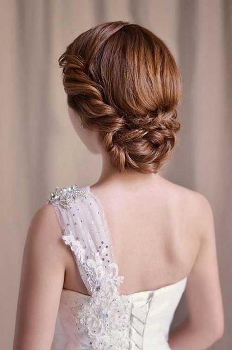 Peinados recogidos con trenzas para novias - Recogidos para novia ...