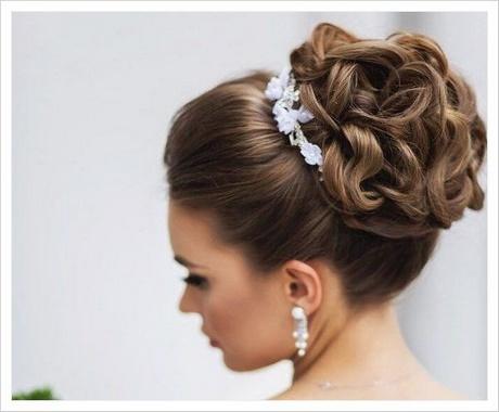 Peinados agarrados - Fotos de peinados de fiesta ...