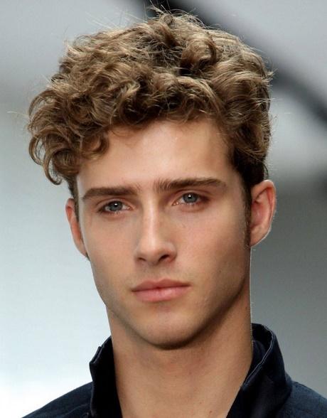 Peinados ala moda hombres - Moda peinados hombre ...
