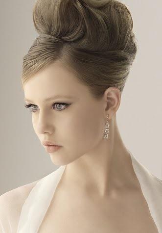 Peinados altos para novia for Recogidos altos para novias