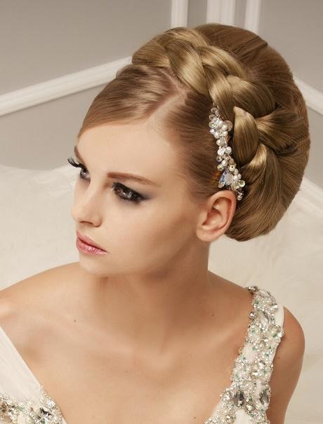 Peinados elegantes para boda de dia - Peinado para boda de dia ...