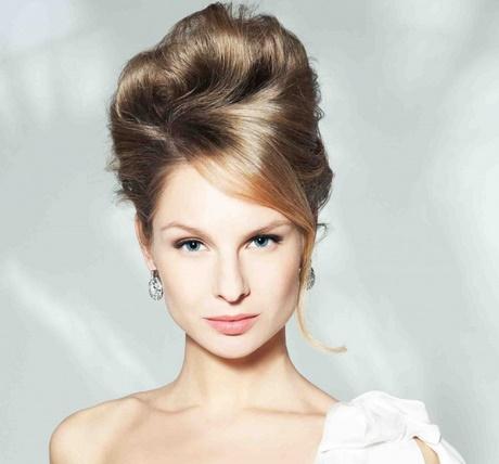 Peinados para invitadas de boda de noche - Peinados de boda para invitadas ...
