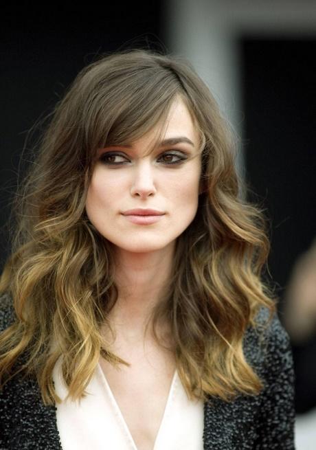 Los mejores medios de la reconstitución de los cabellos estropeados