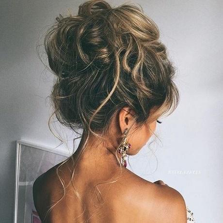 Peinados Elegantes Altos