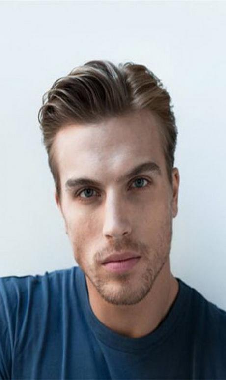 En una tendencia ascendente peinados para hombre Imagen de cortes de pelo tutoriales - Peinados clasicos para hombres