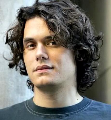 Simple y con estilo peinados chico pelo rizado Fotos de cortes de pelo tendencias - Peinados para pelo ondulado hombre