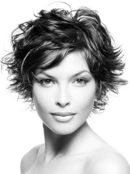 Clásico y sencillo peinados pelo corto mujer Fotos de cortes de pelo Consejos - Peinados pelo corto mujer modernos
